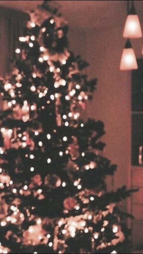 Aesthetic Christmas Wallpaper